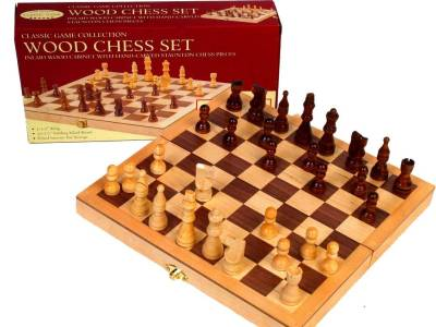 "CHESS SET,WOOD,10.5"" INLAID BD"